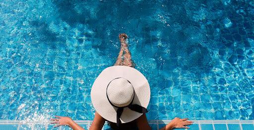 プール付きの国内ホテル7選|インドアさんにおすすめの一日中楽しめるホテル紹介